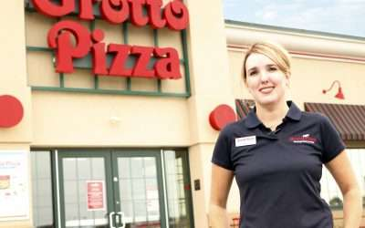 Kelly Everman is Promoted to General Manager at Grotto Pizza Middletown